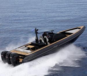 πολυτελές φουσκωτό σκάφος